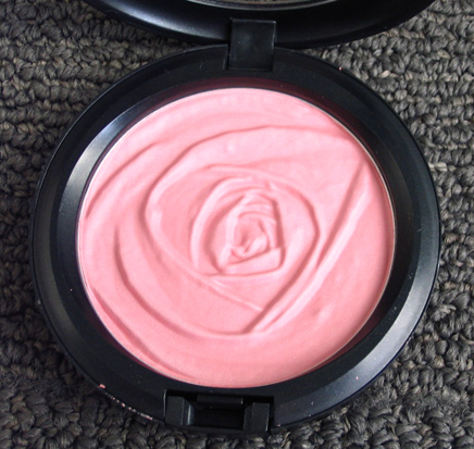 Mac rose romance